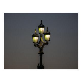 Cartão do lamppost da ponte de Westminster