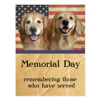 Cartão do Memorial Day do golden retriever Cartão Postal