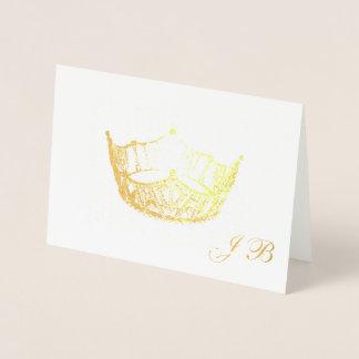 Cartão do monograma da coroa da folha de ouro do