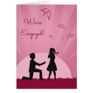 Cartão do noivado com casal