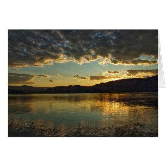 Cartão do vazio do por do sol do lago Roosevelt