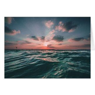 Cartão do vazio do por do sol do oceano
