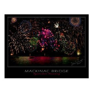 Cartão dos fogos-de-artifício da ponte de Mackinac