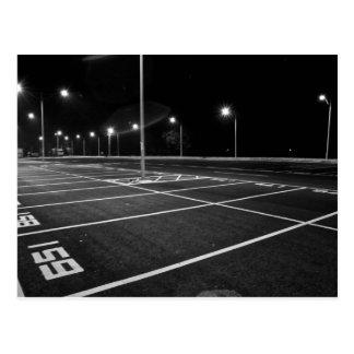 Cartão dos lugares de estacionamento da noite