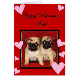 Cartão dos Pugs do feliz dia dos namorados