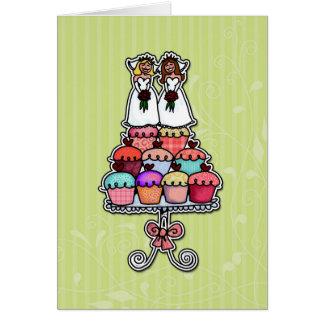 Cartão Duas noivas em cupcakes