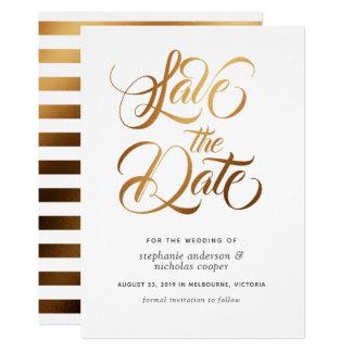 Cartão Economias do texto da escova da tipografia do ouro