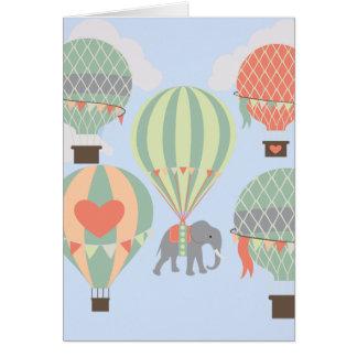Cartão Elefante bonito que monta a aumentação dos balões