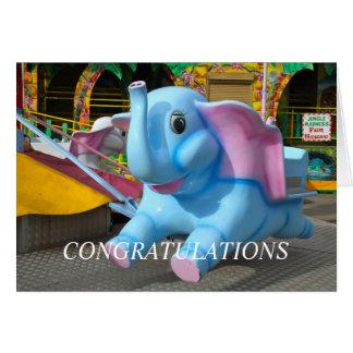 Cartão Elefante em parabéns de um Funfair