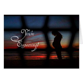 Cartão elegante simples para mães expectantes