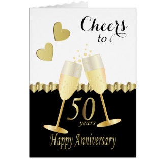 Cartão Elogios a nosso 50th texto dourado do aniversário