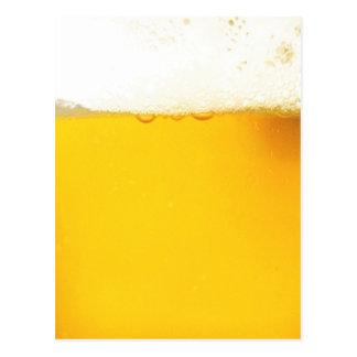 Cartão engraçado da cerveja cartão postal