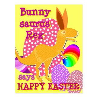 Cartão engraçado de T-Rex do felz pascoa de Bunnys Cartões Postais