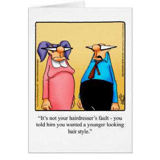 Cartão engraçado do aniversário para ela