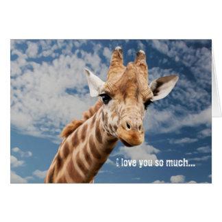 Cartão engraçado do girafa