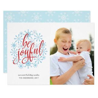 Cartão Escrita ocasional alegre em flocos de neve da