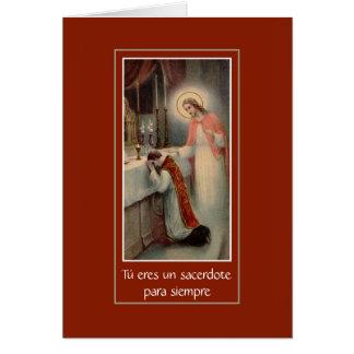 Cartão espanhol do aniversário do sacerdócio