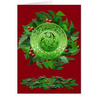Cartão Espiral de Yule do céltico com azevinho