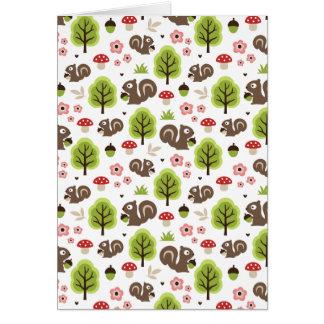 Cartão Esquilo no teste padrão da floresta do carvalho