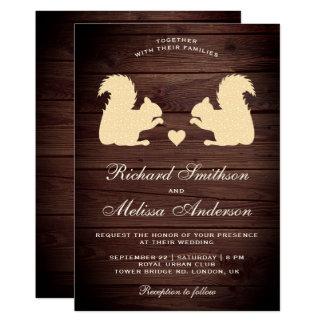 Cartão Esquilos românticos de madeira rústicos que