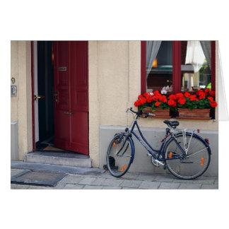 Cartão Estar aberto de Bruges com bicicleta