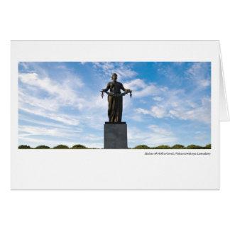 Cartão Estátua da pátria, cemitério de Piskariovskoye