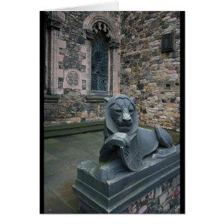 Cartão Estátua do leão - castelo de Edimburgo