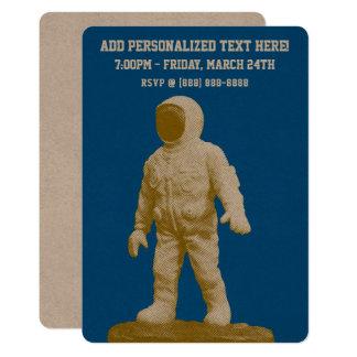 Cartão Estatueta retro do homem do espaço