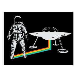 Cartão estrangeiro do arco-íris da nave espacial cartão postal