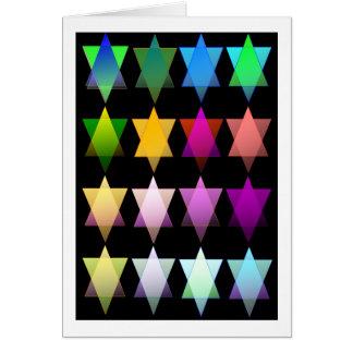 Cartão Estrelas de David do arco-íris no preto