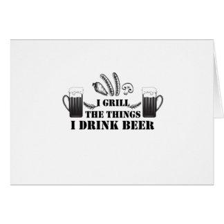 Cartão Eu grelho as coisas que eu bebo a família do