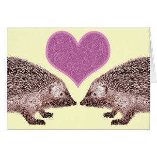 Cartão Eu te amo mesmo quando você obtem dois ouriços