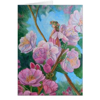 Cartão Fada entre as flores de cerejeira