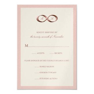 Cartão Fecho cor-de-rosa da mão da infinidade do ouro que