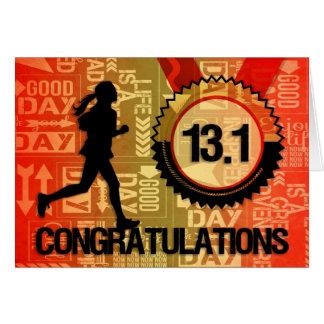 Cartão Felicite esportes fêmeas do corredor da meia