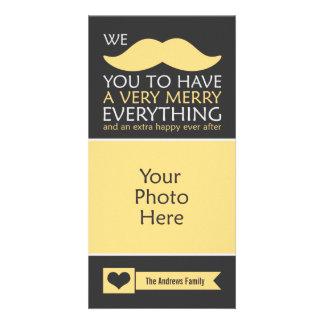 Cartão Feliz amarela do bigode tudo foto do feriado