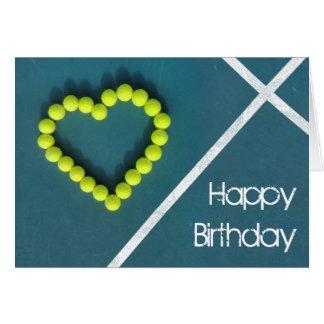 Cartão Feliz aniversario do coração do tênis