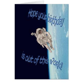 Cartão Feliz aniversario fora deste astronauta EVA do