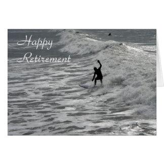 Cartão feliz da aposentadoria do surfista