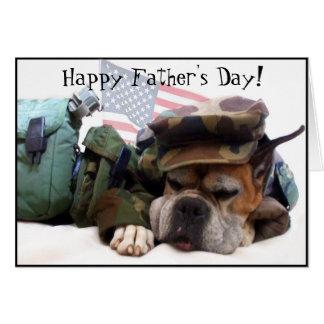 Cartão feliz do cão do pugilista do dia dos pais