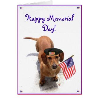 Cartão feliz do Dachshund do Memorial Day