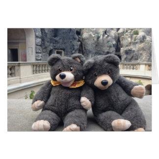 Cartão feliz do dia conhecido com ursos bonitos