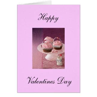 Cartão feliz do dia dos namorados. Cupcakes.