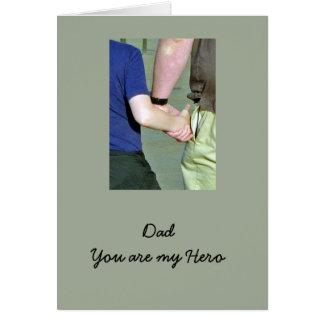 Cartão feliz do dia dos pais