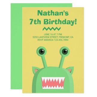 Cartão Festa de aniversário engraçada bonito do amarelo