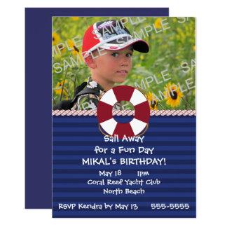 Cartão Festa de aniversário náutica do anel do Lifesaver