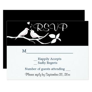 Cartão Festa de casamento preto e branco dos Lovebirds de