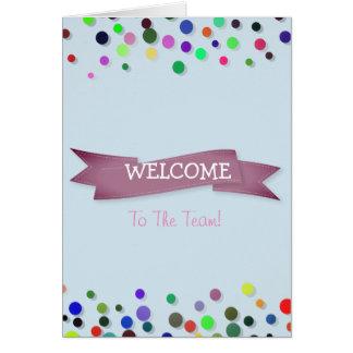 Cartão Fita cor-de-rosa com boa vinda branca de Polkadots