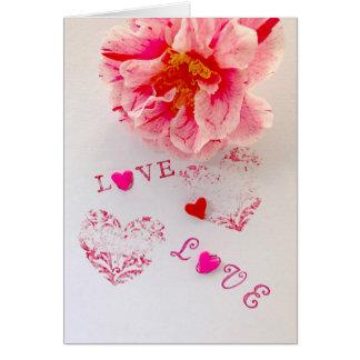 Cartão Flor, corações e amor da camélia