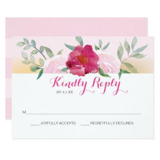 Cartão floral cor-de-rosa do convite de casamento